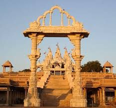 Gujarat is well-developed state of India and there are countless tourist destinations where visitors can enjoy the vast historical buildings and monuments constructed by Indian Kings....!!!