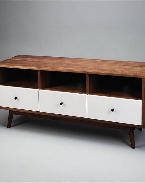 17 beste idee n over witte tv meubels op pinterest hout kunst boom schilderijen en houtbrandwerk - Witte meubels en rode ...