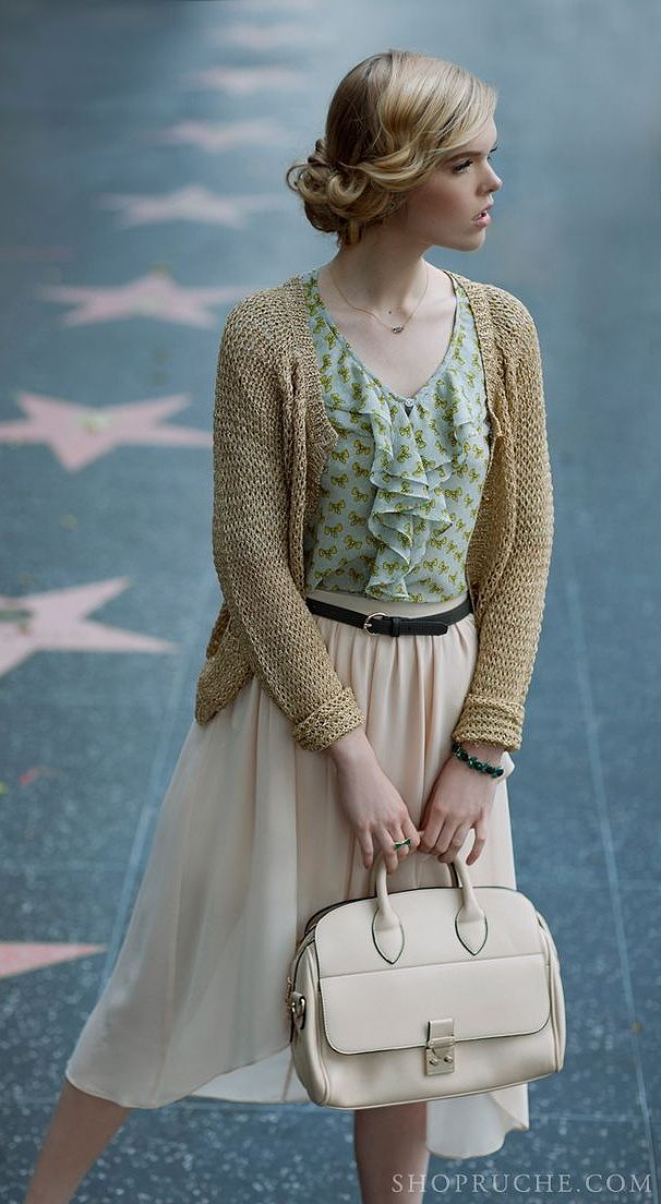 Vintage, feminine, and did I mention there's a cardigan involved? I love cardigans.