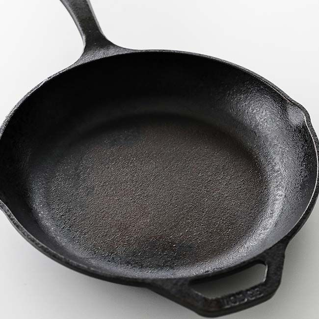How To Restore Season And Clean A Cast Iron Skillet Iron Skillets Cast Iron Skillet Cast Iron
