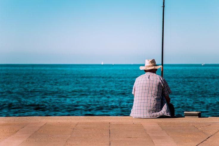 Fisherman in Molinar. Feel the stillness!