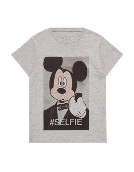 LITTLE ELEVEN Boys Grey Mickie Selfie T-Shirt. Shop here: http://www.tilltwelve.com/en/eur/product/1078977/LITTLE-ELEVEN-Boys-Grey-Mickie-Selfie-T-Shirt/