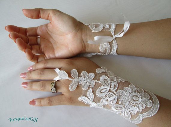 Free shipping Wedding GLOVES Bridal accessories by TurquoiseGift