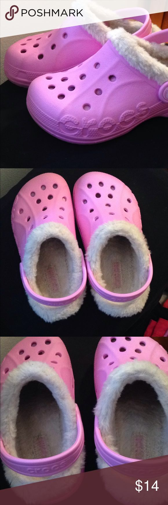 Crocs Light Pink Fur lined shoes c10/11 Child EUC! Fur has some color discoloration which I tried to show in several photos otherwise these are in great condition. No nicks or tears in shoes. No marks elsewhere on shoe. Fairly clean bottoms. Warm slip on Clog style Crocs in Child 10/11 size. CROCS Shoes