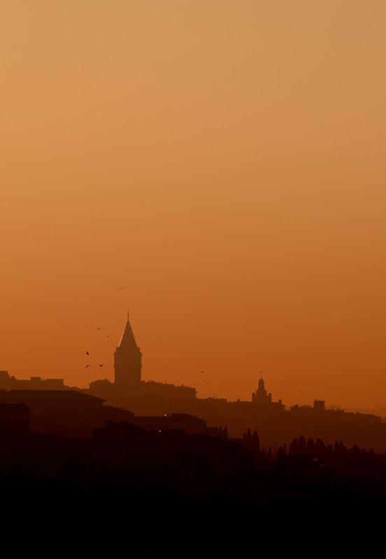 Galata Tower, Istanbul  photo by Emin Yeniacun