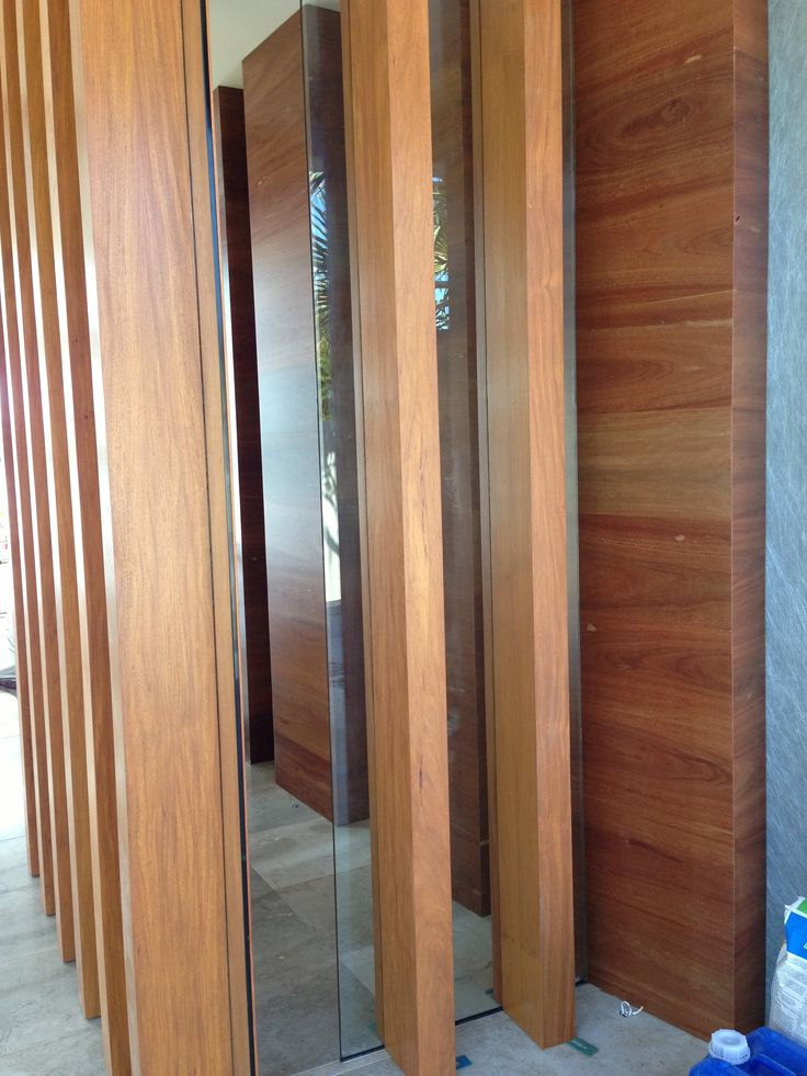 Red Ironbark pillars, Australian Hardwoods. We supply hardwood timbers, flooring & structural timbers and deliver Australia wide.