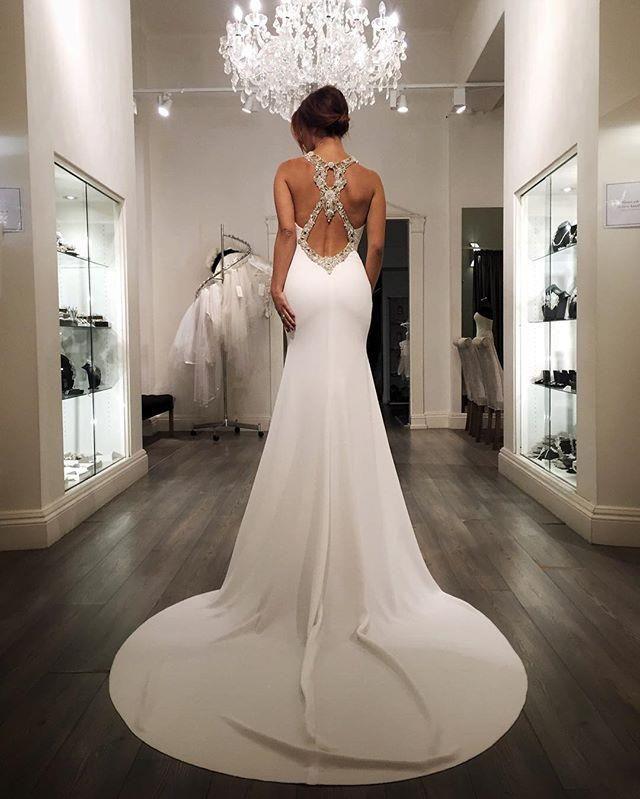 The 25+ best Pronovias wedding dress ideas on Pinterest ...