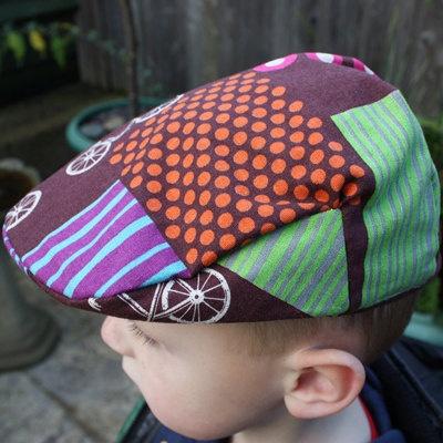 Kids Organic Flat Cap 12 to 24 Months - Chocolate Echino Bicycle Newsboy Brown Rust Green Purple  @Antje van Leeuwen - leuk idee voor de verkoop?
