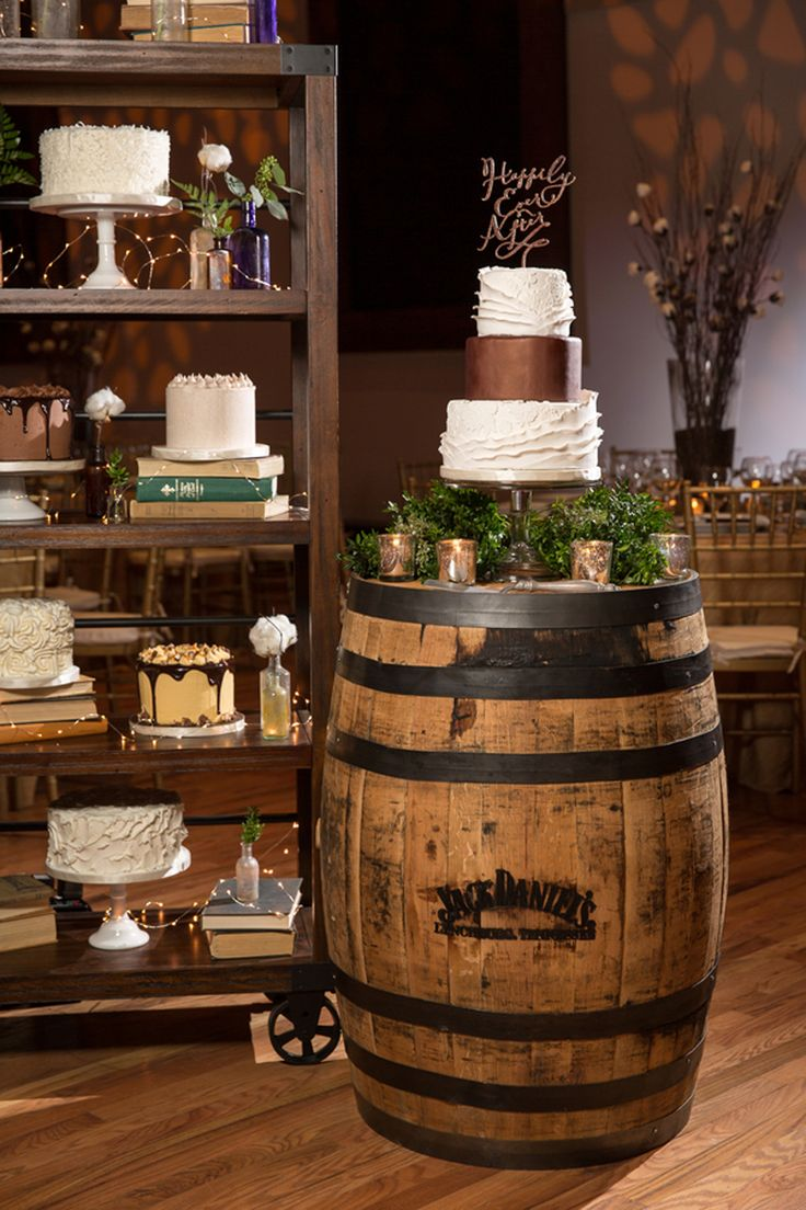 Love The Wedding Cake On Top Of A Wine Barrel With