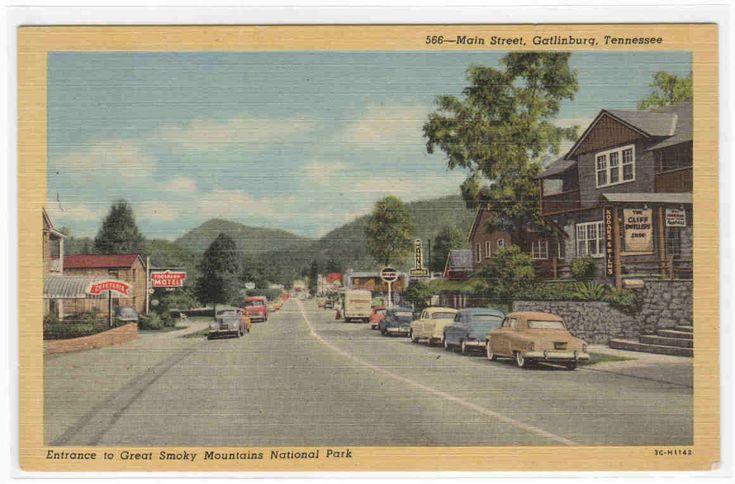 Main Street Cars Gatlinburg Tennessee 1954 postcard. $5.00, via Etsy.