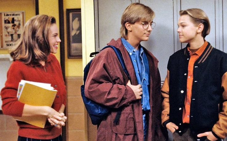 6 Leonardo DiCaprio 'Growing Pains' Moments That Will Make You Miss His Baby Face Like Whoa