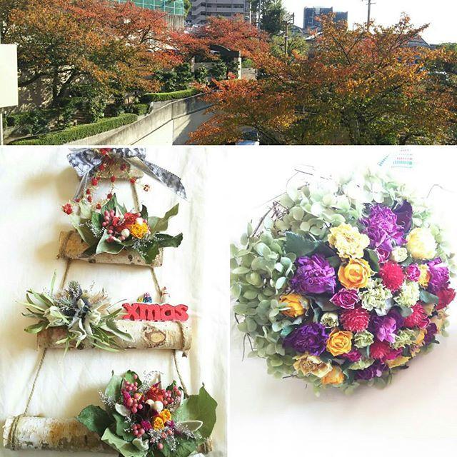 【junkomurasima】さんのInstagramをピンしています。 《今日の作品と紅葉  秋も深まって来て ベランダから見える 桜の木  色づき始めました。  眺めながらの クリスマスアレンジ  これ、とっても可愛いよねー。 作りたかったのよー。  うっ。うっ。嬉しい そのお言葉。  その後 ご注文受けていた ブーケを 先日、お母様亡くされた方に お届けする。  お母様の部屋 寝ておられたベッド 無くなっており 祭壇が。  その前で  教室で一緒だった方達から メール頂き 気にかけて貰い 嬉しかったお話し  そして お通夜、お葬式 来て下さった方に 嬉しかったお話しされ  伝えておいてね。 感謝の気持ち  言われる。  何か ジーン  お花を通して  長ーく。 深ーく。  良き繋り 作れた事に  感謝の 一日でした。  #ドライフラワー#クリスマスアレンジ#ナチュラル#作品#教室#薔薇#ブーケ#お花#アレンジメント#友達#自分の作品#手作り#白樺の枝#個性的#紅葉#桜》