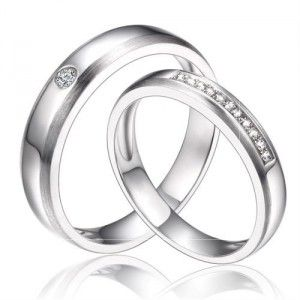 Inexpensive Matching Couples Diamond Wedding Ring Bands on Silver