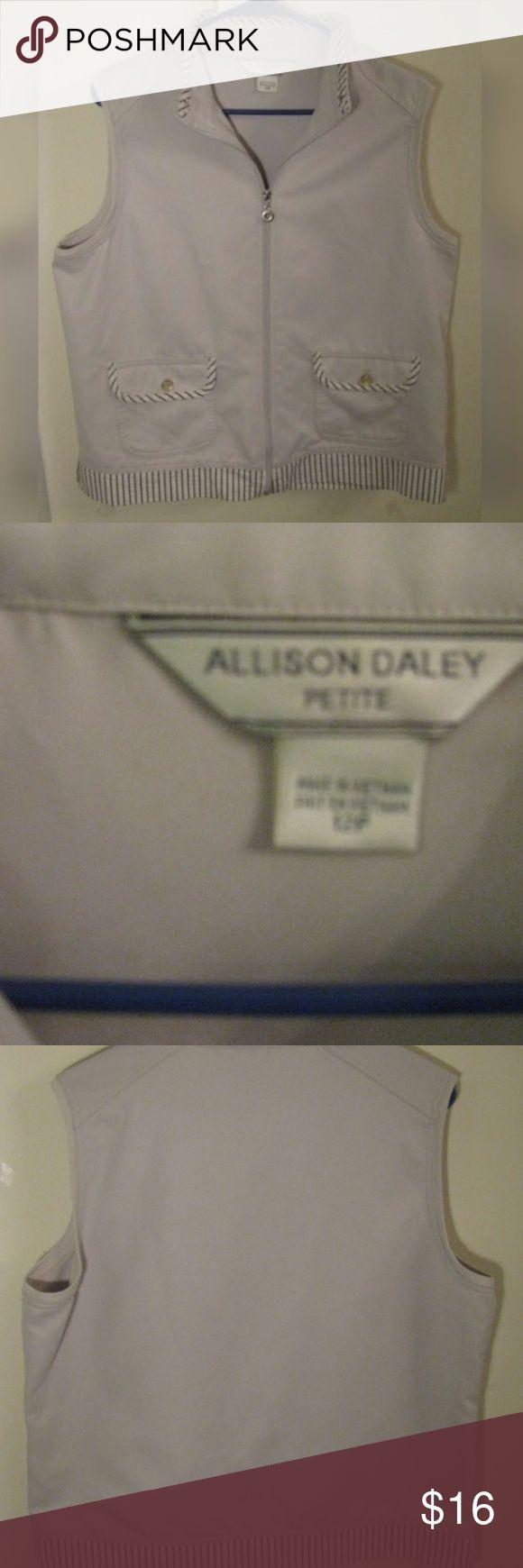 Allison Daley Petite Vest Allison Daley Petite Vest Great conditon Allison Daley Jackets & Coats Vests