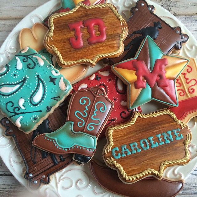 """Western cookies ~ Perfect for """"Hattie The Old Fashion Vintage Farmer's Daughter"""" ~"""