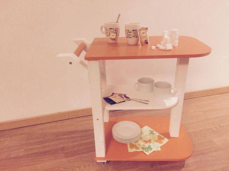 Kinderspeelgoed - houten karretje (zelfgemaakt)  speelgoed - hout - kar - oranje - thee