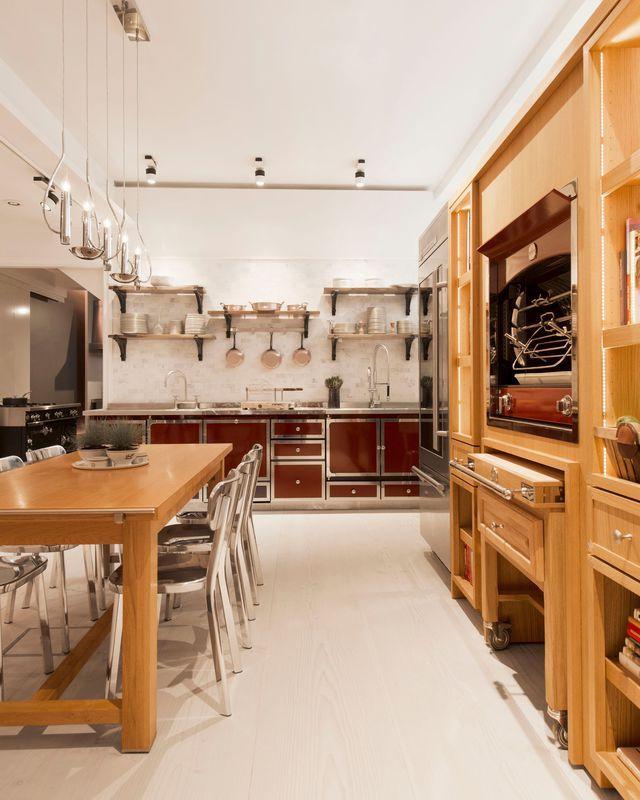 am nagement cuisine luxe cuisine haut de gamme chic cuisine et la cornue. Black Bedroom Furniture Sets. Home Design Ideas