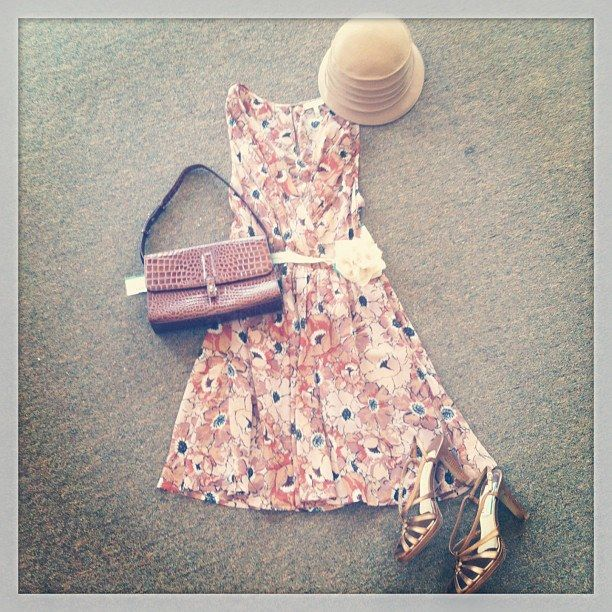 Throwback Thursday Outfit of the day: channel your classic lady with this cute look. Joie Floral dress (s/m, $55), purse ($25), heels (7.5,$25) and hat ($10) #style #sandiego #fashion