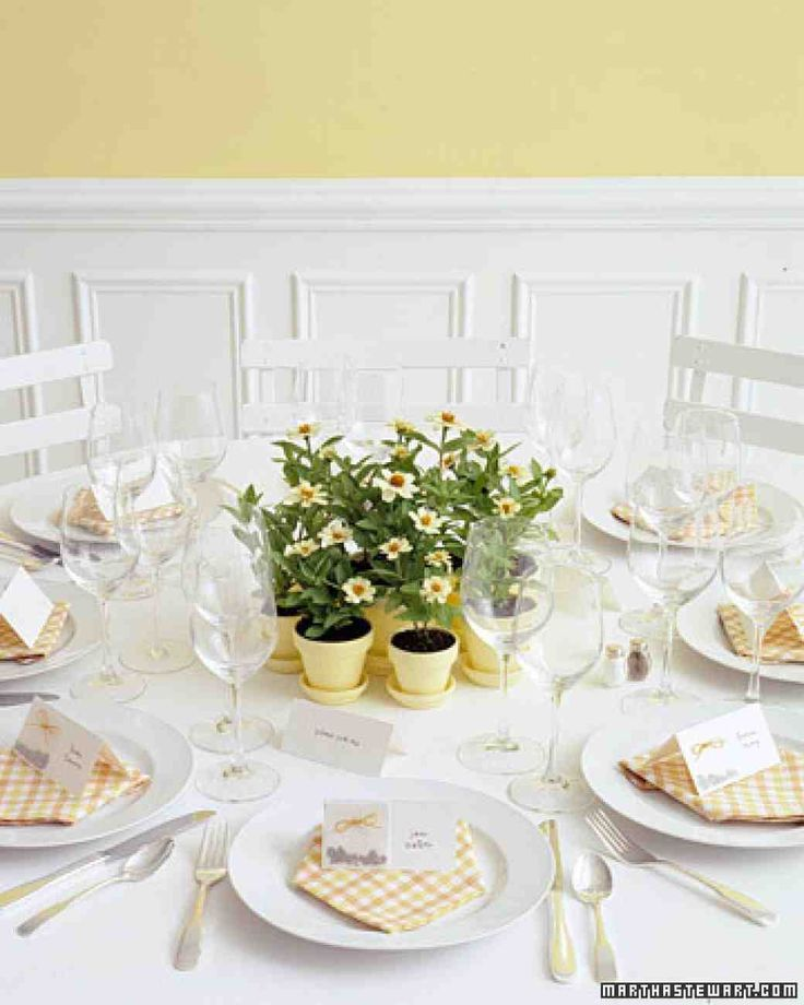 Save money and table space by giving your favors a dual purpose. Browse through our photo gallery for ideas on how to make beautiful and creative centerpieces out of your favors.