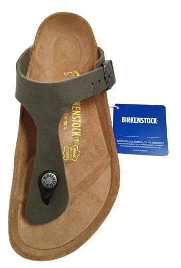 Birkenstock Gizeh thong sandal, brushed emerald green by Birkenstock. Buy it 74,00 €