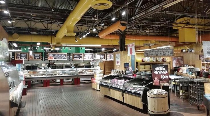 Stew Leonard's in #Yonkers has #amazing #greatquality & #organic produce! Why would you shop anywhere else? They've also got an array of prepared #foods check them out!  #YonkersWestchester #WestchesterCounty #SuperMarket #YonkersMarket #Produce #Organice #NYSuperMarket #Healthy