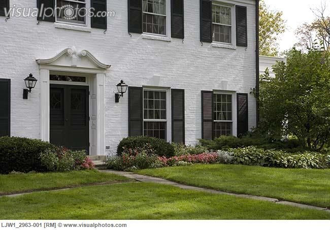 Images exterior houses with shutters exterior white White house shutter color ideas