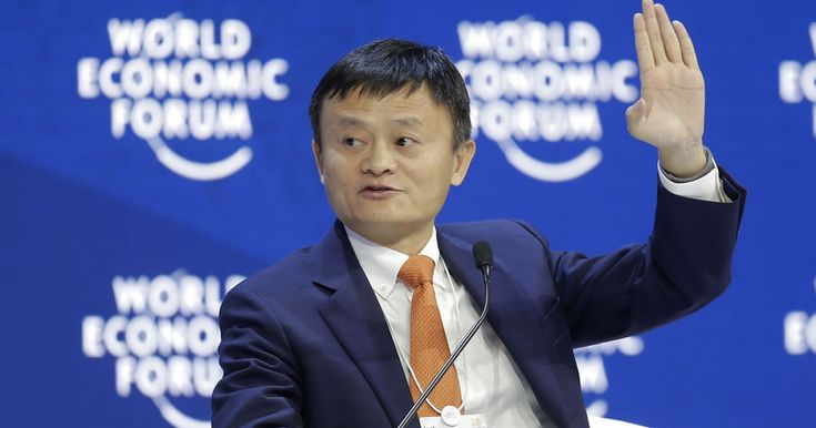 I 2030 kan robotter overtage 800 millioner jobs. Erhvervsmanden Jack Ma mener, at skoler i fremtiden derfor bør undervise børn i fag som tro, etik og omsorg, hvor teknologi aldrig kan indhente os. Dansk professor er enig i, at tiden med udenadslære er forbi