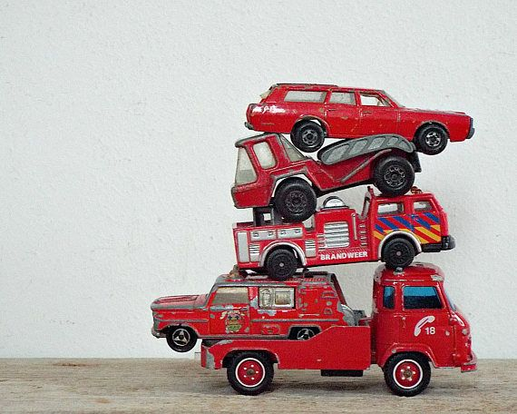 red METAL CAR - instand collection of 5 red CARS, vintage matchbox, kids toys, little boy toy, collectible, retro automobile, hot wheels