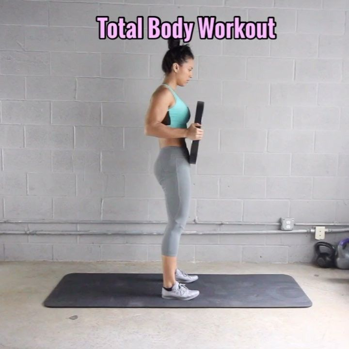 19.1 k mentions J'aime, 489 commentaires – Carmen Morgan (@mytrainercarmen) sur Instagram : «Total Body Workout All you need is one Weight Plate, I'm using a 25lb plate. - This is a great…»