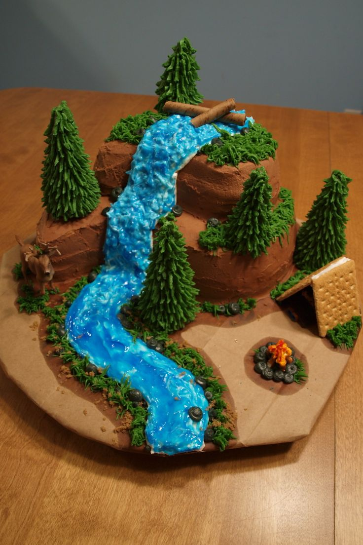 hunting/outdoors cake