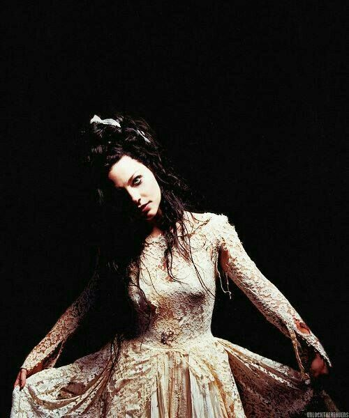 "Amy Lee: Front Lady for the Band Evanescence.  ""Evanescence"""