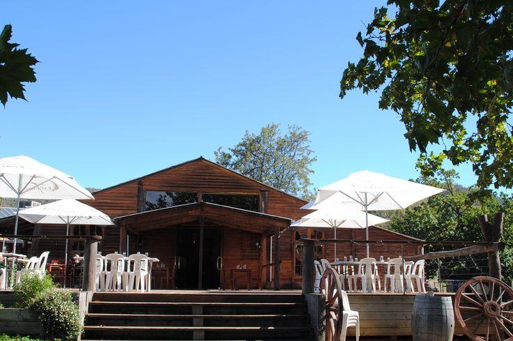Lunch time at Gracebrook Vinyard