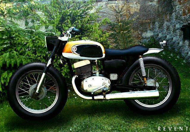 ČZ 175 477 #scrambler concept discover #motomood