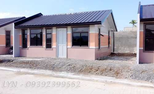 Affordable house and lot in Deca Homes,Indangan...for inquiries, please pm or contact 09392399552..    BUNGALOW HOUSE  Lot Area: 100 sq.m  Floor Area: 35.10 sq.m    * 2 Bedrooms  * 1 Toilet & Bath  * Steel Trusses  * House Painted Finished    Package Price: Php 1,055,000  Reservation Fee: Php 7,000  Equity: Php 35,000 (3 mos. to pay)   Loanable Amount: Php 1,013,000    Regular Monthly Amortization for 25 yrs. : Php 10,538.80  Discounted Monthly Amortization for 1st 5 years: Php 9,460.80 ...