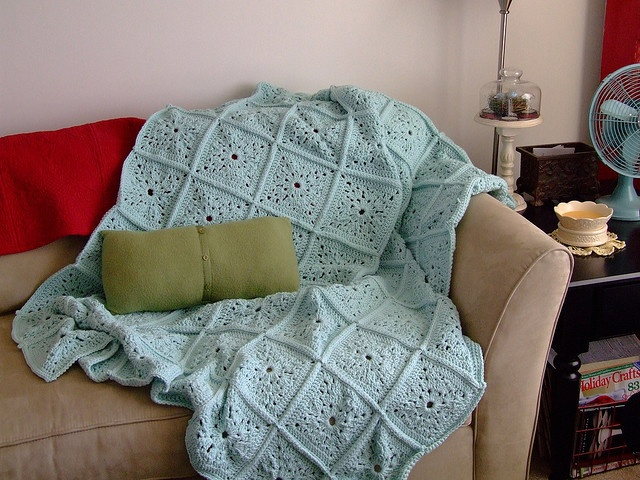 26 best crochet blankets images on pinterest crochet afghans aqua granny squares no pattern just a lovely afghan dt1010fo