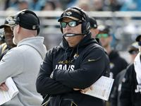 Jaguars' Doug Marrone: 'I'd be a fool' to say I'm not concerned about the offense   http://ift.tt/2Fg0608  Submitted January 08 2018 at 08:06AM by CowzMakeMilk via reddit http://ift.tt/2qGshSL