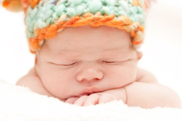 Your postpartum fatigue could be a sign of thyroid problems. HypothyroidMom.com