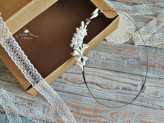 Guarda questo articolo nel mio negozio Etsy https://www.etsy.com/it/listing/494842478/coroncina-per-sposa-corona-floreale