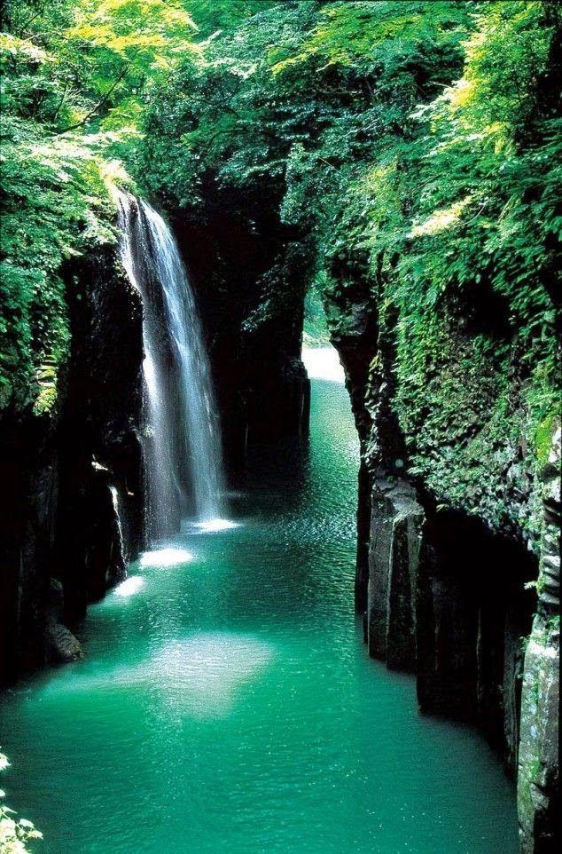 Takachiho Gorge - Miyazaki, Japan