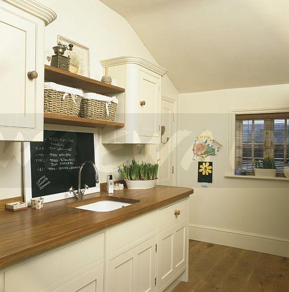 Cream Kitchen Ideas That Will Stand: Image: Blackboard Above Sink