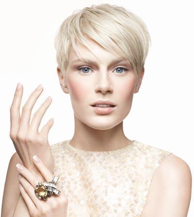 CND Brisa Lite Removable Smoothing Gel System - Ho le unghie sottili, fragili e sfaldate ma nessuno potrà più dirlo!