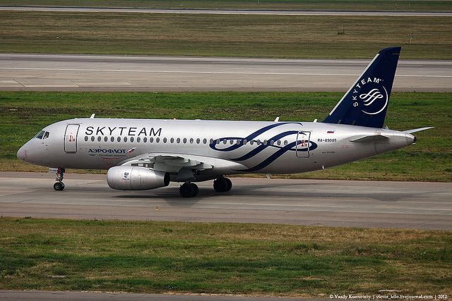 Aeroflot Sukhoi SuperJet-100 in SkyTeam livery | Aeroflot Su… | Flickr