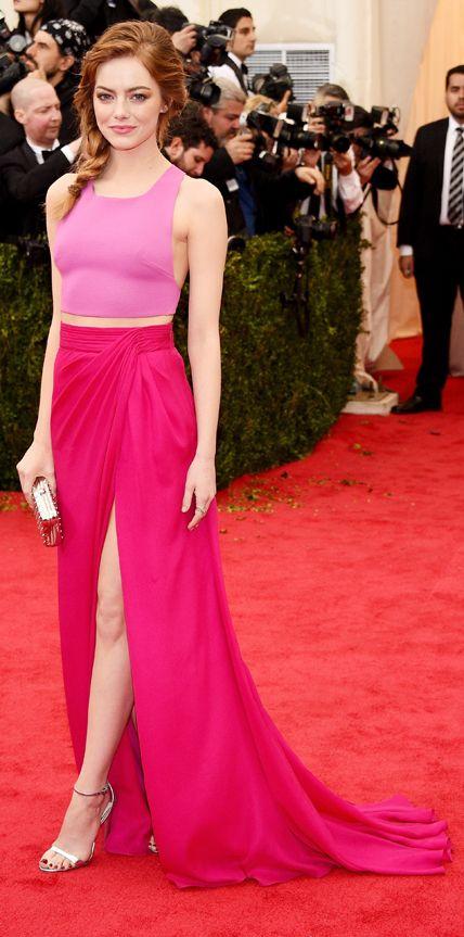Descubre los mejores vestidos de #EmmaStone en la alfombra roja. #MeGusta