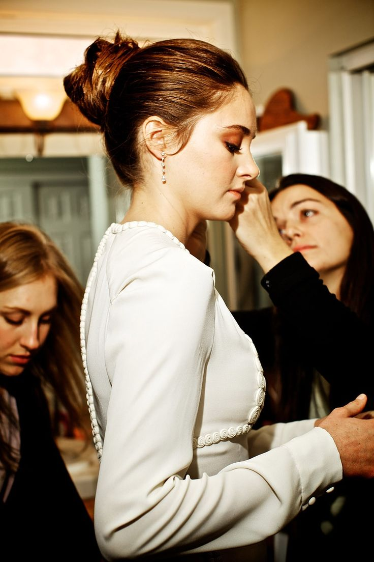 Shailene Woodley with stylist Kris Zero and assistant Sadie. Love the bun