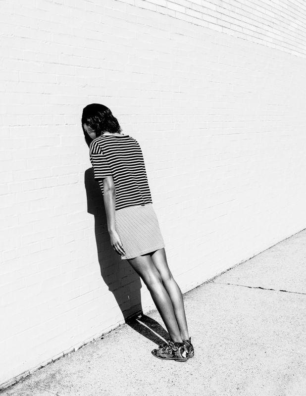 Head against the wall. Photo Paul Jung.