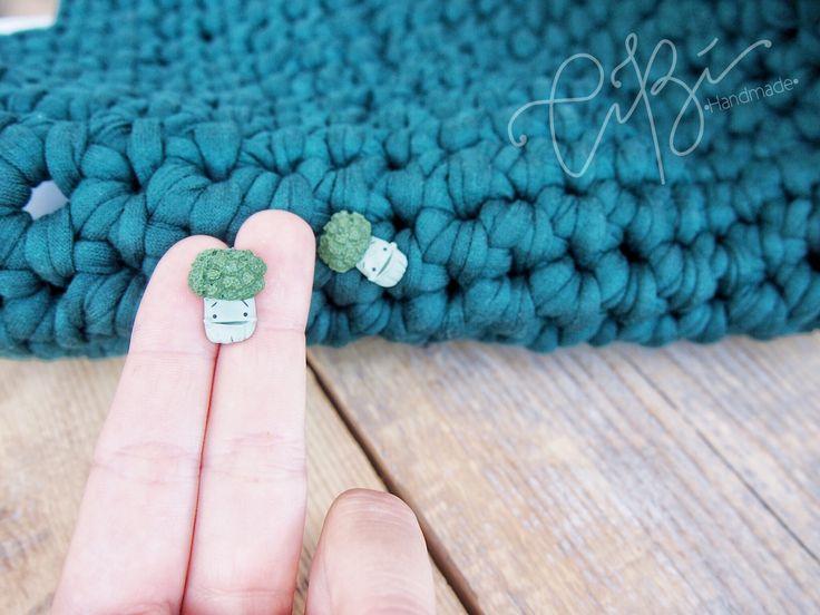 Un preferito personale dal mio negozio Etsy https://www.etsy.com/it/listing/537365678/orecchini-a-lobo-con-broccolo-verde