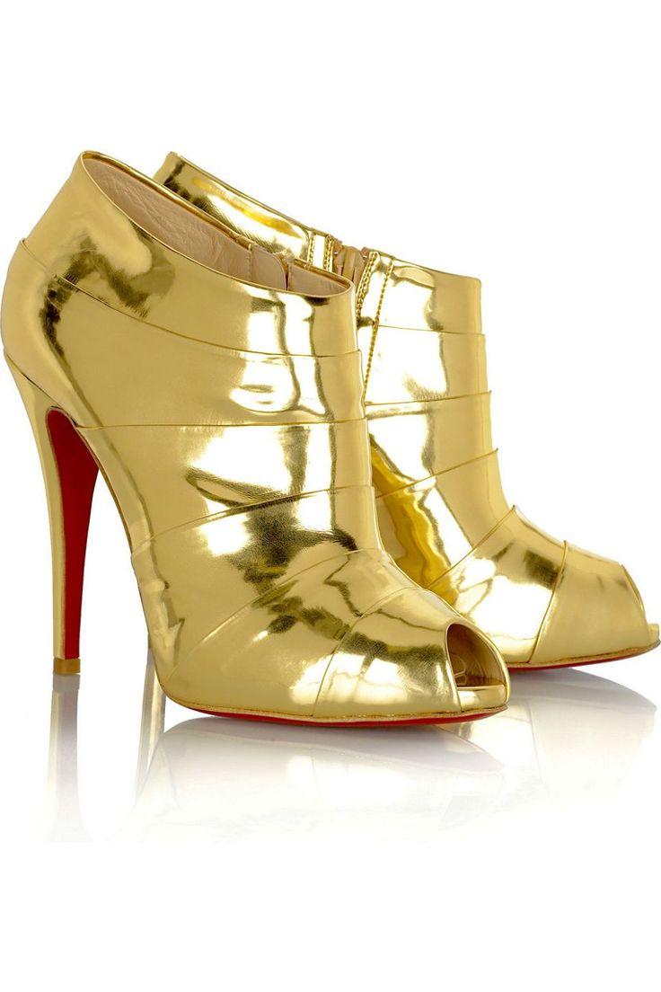 CL red bottoms on. Gold ShoesWomen\u0027s ShoesGold PumpsChristian Louboutin ...
