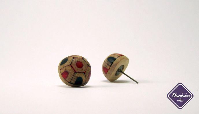 özvegy katicabogarak  *ceruza és fenyőfa