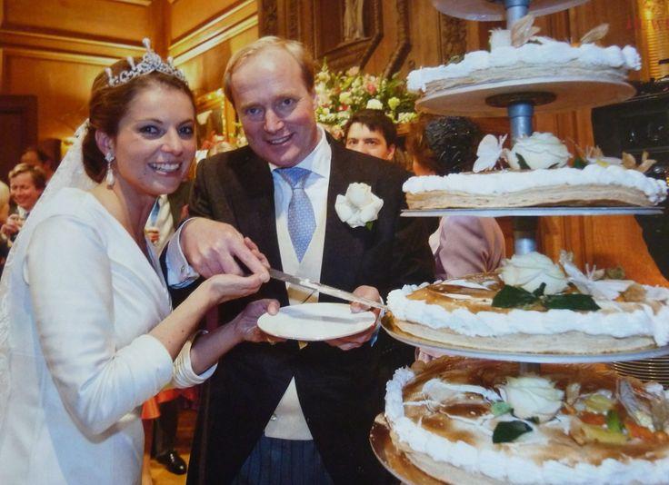 taart bij het huwelijk van Carlos de Bourbon de Parme