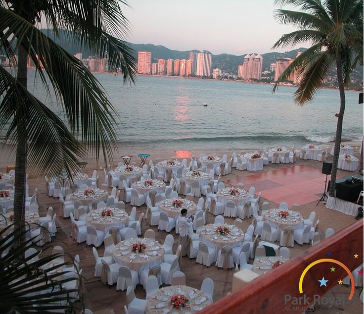Park Royal Acapulco the perfect stage for a barefoot beach wedding.